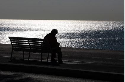 Аналитики предсказали замедление глобального роста из-за старения людей