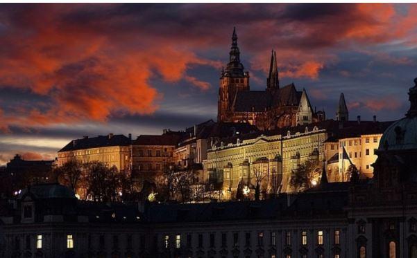 В Чехии указали на непрофессионализм властей из-за провокаций в сторону России