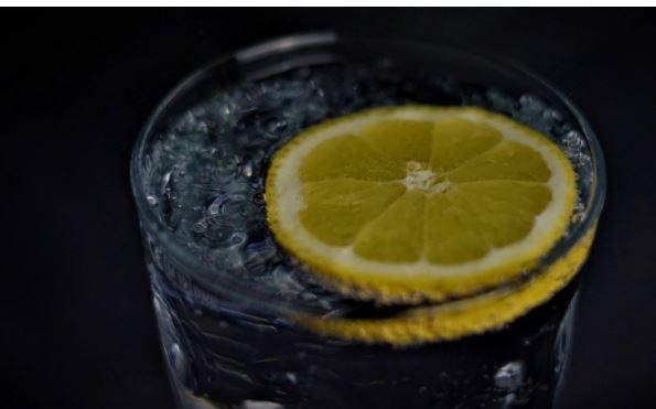 Диетолог Шмелева дала советы по восполнению водного баланса в жару