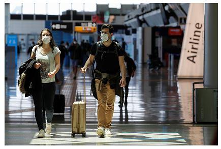 Страны Евросоюза откроют границы для вакцинированных от коронавируса туристов
