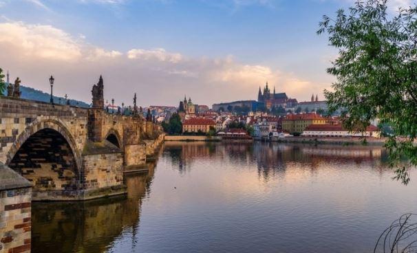 Тепикин заявил, что Чехия сожалеет о включении ее в список недружественных РФ стран
