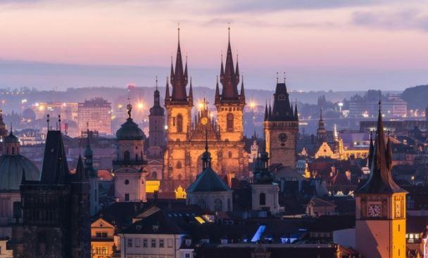 В Чехии назвали причину, по которой не получится приобрести российские истребители
