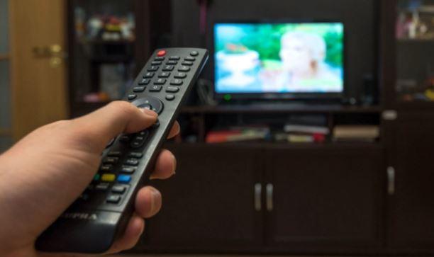 Длительный просмотр телевизора уменьшает мозг