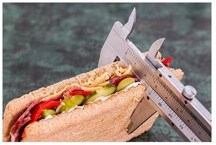 Диетолог раскрыл основные ошибки при похудении