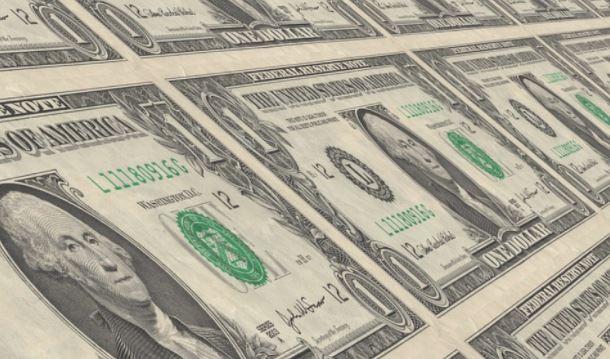 Россия может отказаться от расчетов в долларах в энергоконтрактах