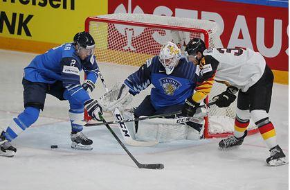 Стали известны финалисты чемпионата мира по хоккею