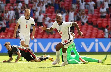 Сборная Англии обыграла хорватов на Евро