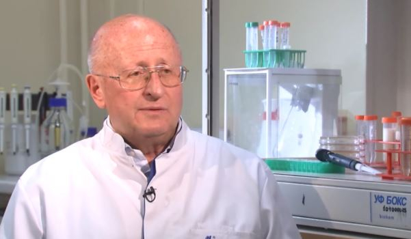 Гинцбург заявил о работе по изучению российских мутаций коронавируса
