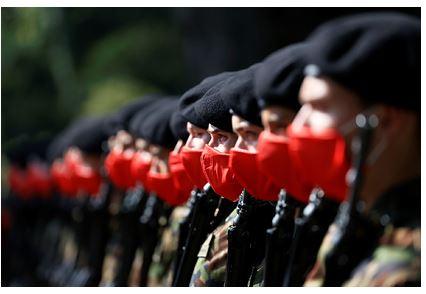 Армию Швеции призвали готовиться к войне с Россией