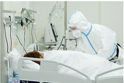 Доктор Мясников развеял миф о новых штаммах коронавируса