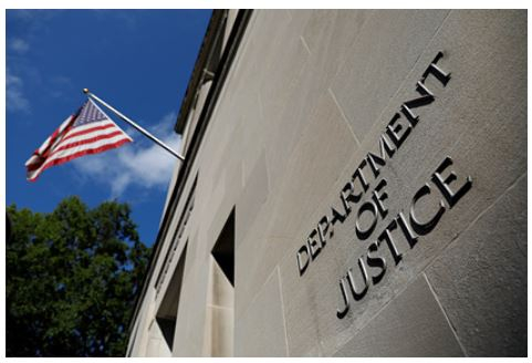 Власти США подадут в суд на собственный штат