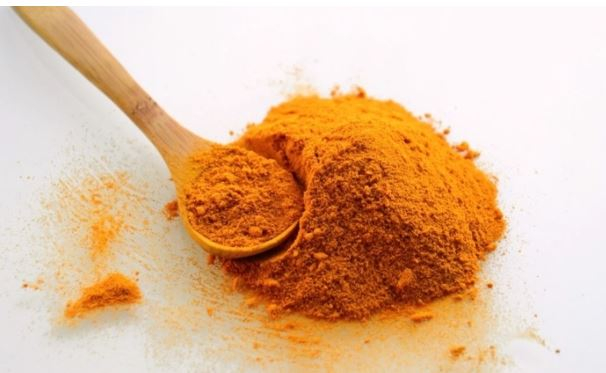 Британский диетолог Акс назвал пять полезных свойств куркумы