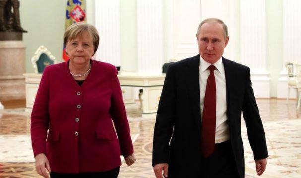 В США назвали унизительной реакцию Евросоюза на предложение Меркель по России