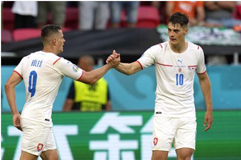 Стала известна первая четвертьфинальная пара Евро