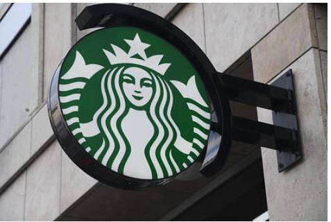 В Starbucks и Subway стало не хватать еды
