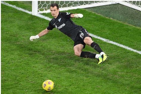 Футболист сборной России продолжит карьеру в Европе