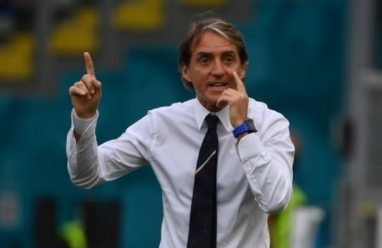 Роберто Манчини поддержал сборную Англии после финала Евро-2020