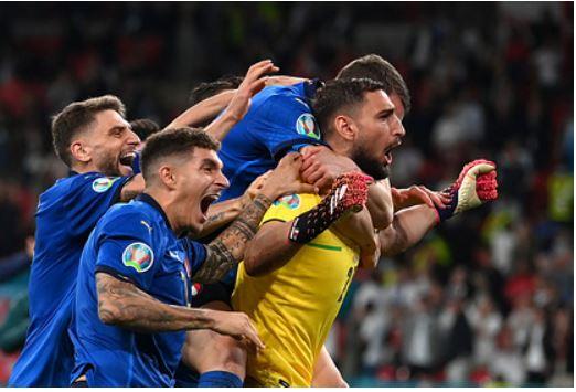 УЕФА открыл дело в отношении Англии после финала Евро