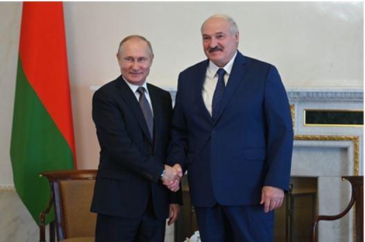 Лукашенко признал силу России в условиях западных санкций