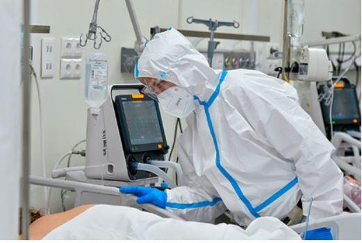 Мурашко назвал способ защиты от тяжелого течения коронавируса