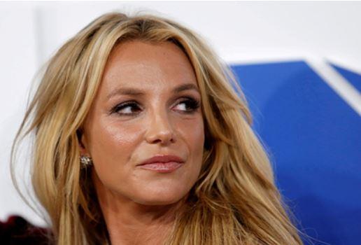 Бритни Спирс отказалась выступать под контролем отца