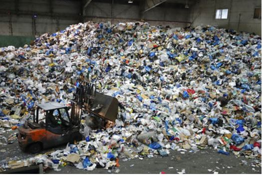 Израиль решил радикально бороться с пластиком