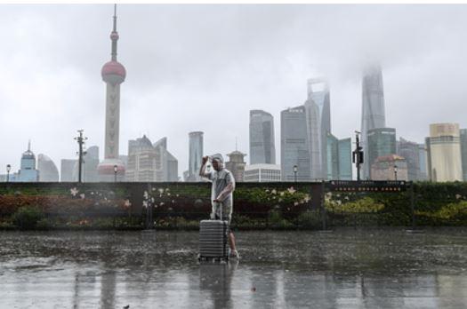 Непогода в Европе и Китае нанесла сокрушительный удар по мировой торговле