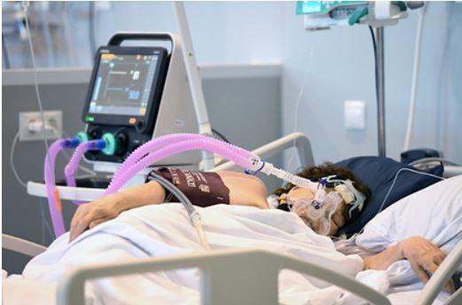 Академик рассказал об эффективной против всех штаммов COVID-19 газовой терапии