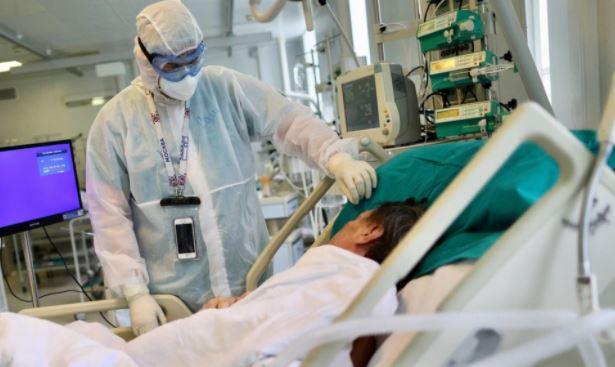 Вирусолог назвал категорию людей, которые тяжелее переносят постковидный синдром