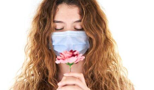 Инфекционист рассказала о сроках восстановления обоняния у переболевших COVID-19
