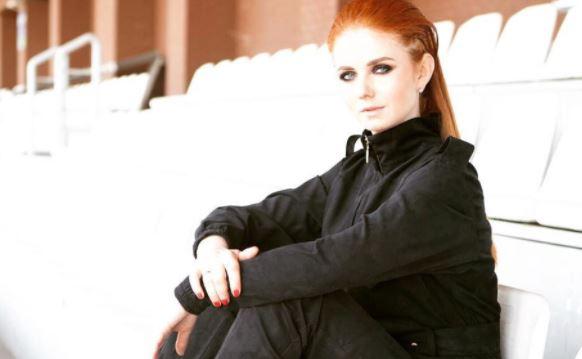 Композитор Галоян запретил Лене Катиной исполнять хиты «Я сошла с ума» и «Нас не догонят»